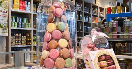 Boutique Saveurs de Provence Aéroport de Nice macarons
