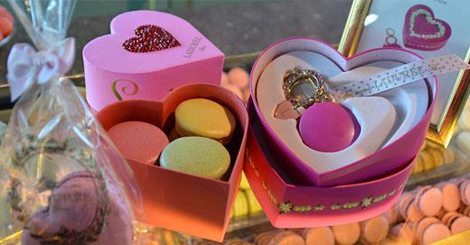 Ladurée Macarons Coeurs